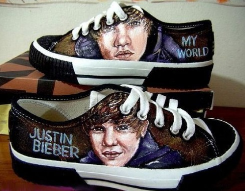 Justin beiber pics shoes
