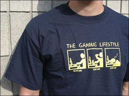 gaming-t-shirt-lifestyle