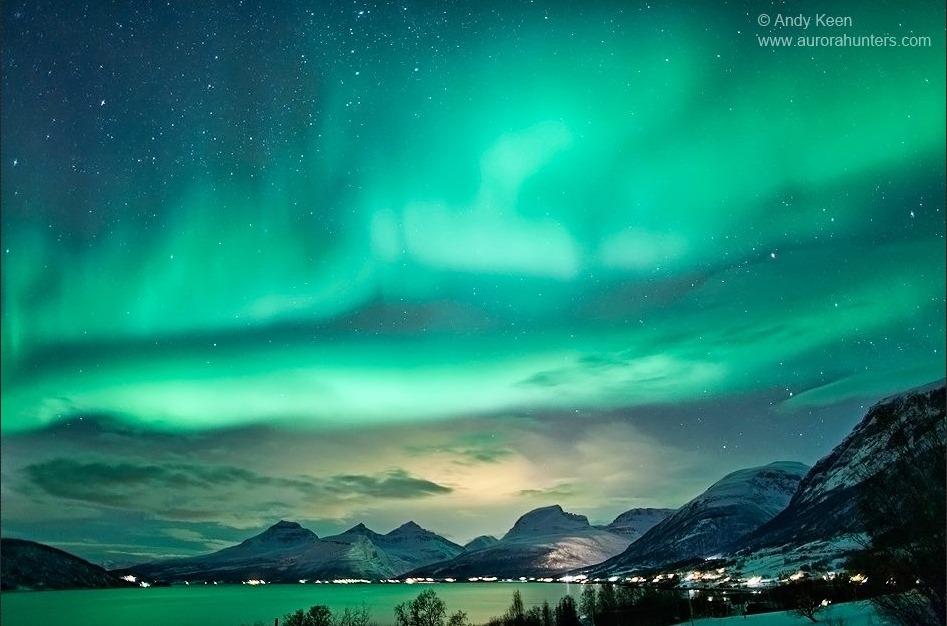 25+ Aurora Borealis Wallpaper, Video And Picture Collection