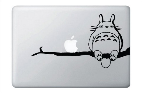my-neighbor-totoro-on-branchwith-his-friend-apple-vinyl-macbook-decal