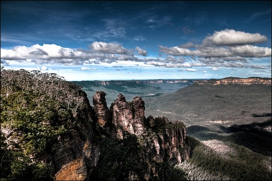back-to-the-blue-mountains-