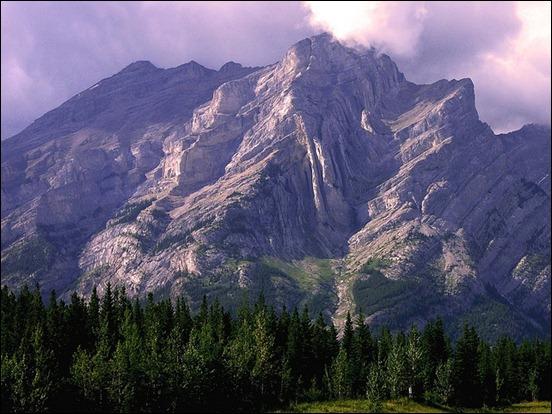canada-mountain-