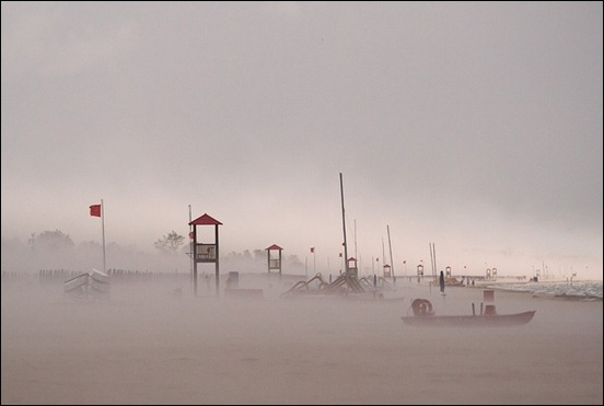 sandstorm-at-the-beach-