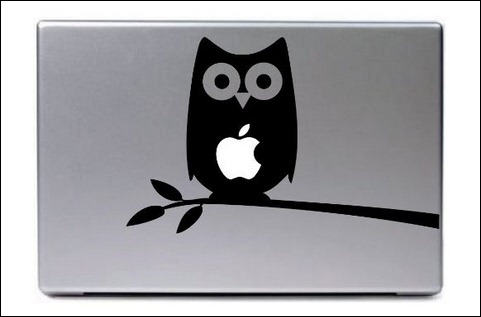 owl-in-a-tree-macbook-decal-mac-apple-skin-sticker